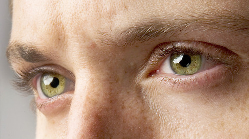 jensen-ackles-green-eyes.jpg